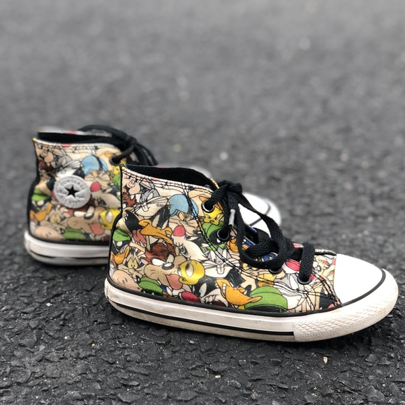 15ae57153144 Converse Other - Converse x Looney Tunes Chuck Taylor Allstars